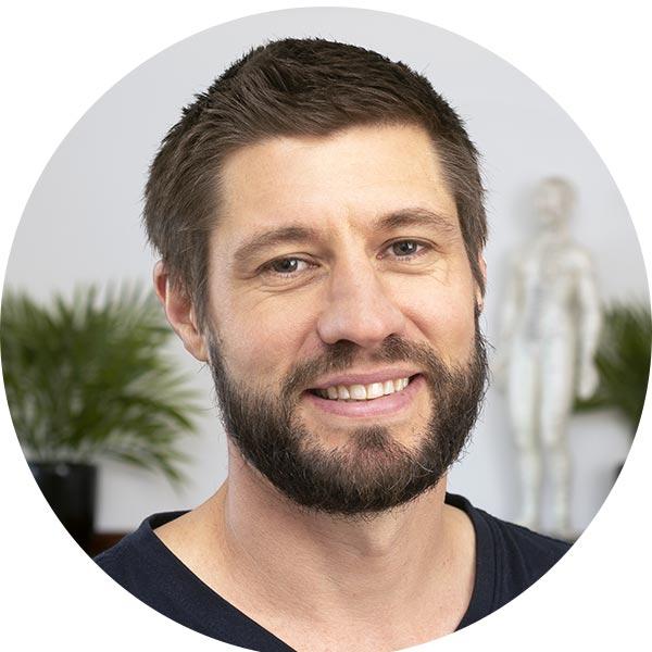 Sam Everist, Chiropractor –Woonona Osteopathic Clinic